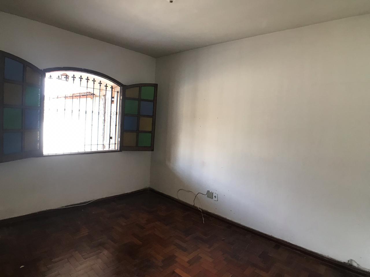 CASA - RIACHO - CONTAGEM R$ 1.500,00